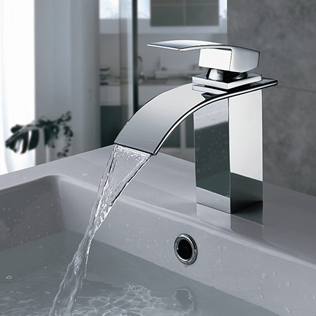 Bathtub Faucet Chrome Wall Mounted Ceramic Valve Bath Shower Mixer Taps Silvery Contain with Cold and Hot Water