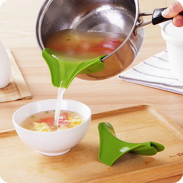 Silicone Funnel Pour Spout Pot Pan Water Deflector Edge Silicone Slip Non-Drip Kitchen Tools 10pcs 6pcs 2pcs 1pc Wholesale for Restaurant Dining Hall Room