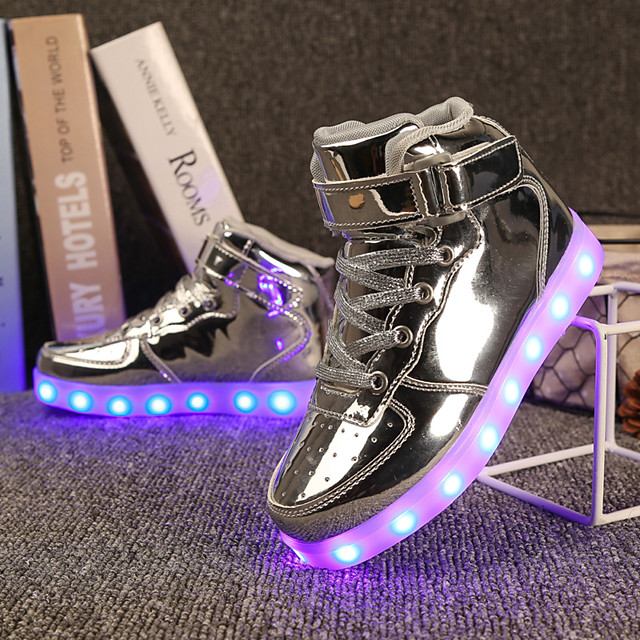 Girls' Sneakers LED / Comfort / LED Shoes Patent Leather / Customized Materials Little Kids(4-7ys) / Big Kids(7years +) Walking Shoes Lace-up / Hook & Loop / LED Black / Blue / Pink Spring / Winter