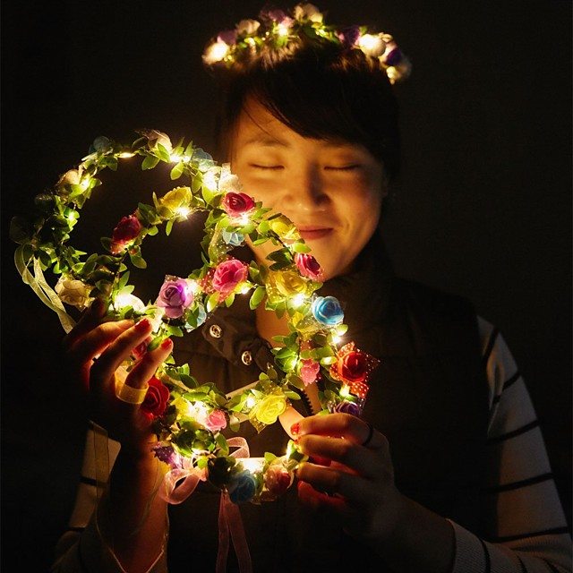 1pc Decoration Light Lovely Bright Garland for Christmas Party Colorful Halloween Wreath Flower Headband for Women Girls LED Hair Crown Hair Garlands