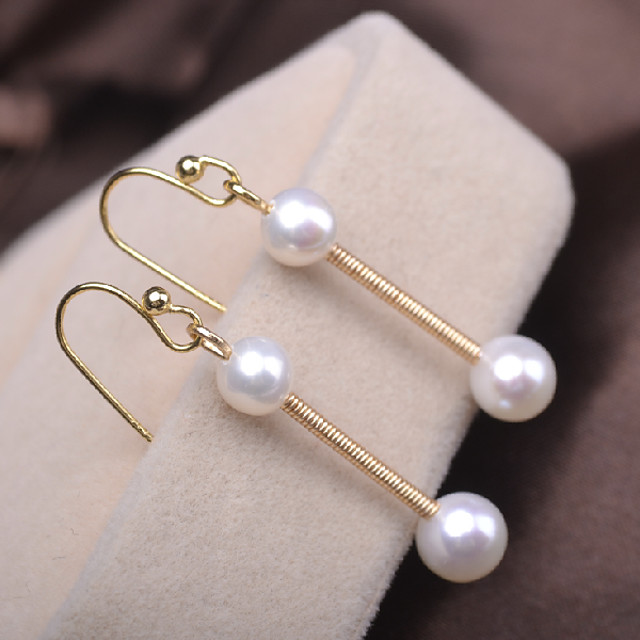 Women's Freshwater Pearl Drop Earrings Long Blessed Simple Dangling Classic Romantic Fashion Cute Pearl Silver Plated Earrings Jewelry Gold For Wedding Engagement Gift Daily Festival 1pc