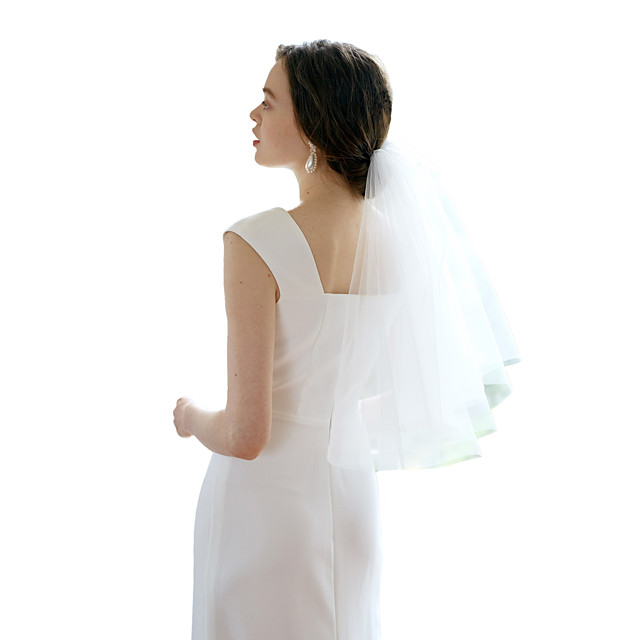 Two-tier Sweet Wedding Veil Shoulder Veils with Solid Tulle