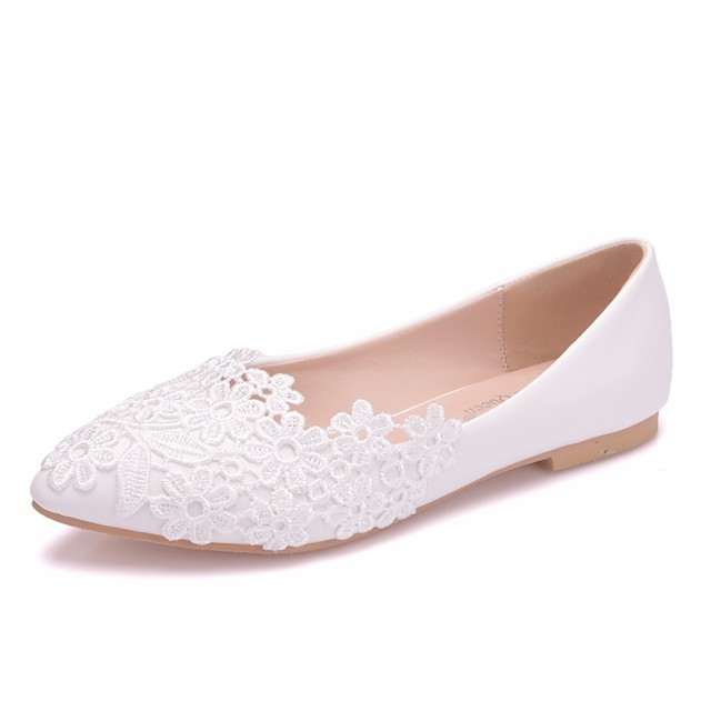 Women's Wedding Shoes Flat Heel Pointed Toe Stitching Lace Lace / PU Sweet / Minimalism Spring & Summer / Fall & Winter White / Party & Evening