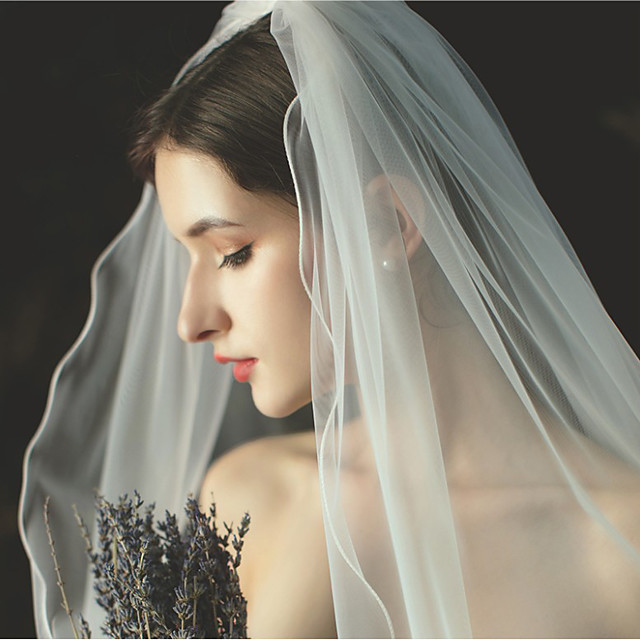 One-tier Formal Style / Irregular Style Wedding Veil Fingertip Veils with Fringe / Solid 59.06 in (150cm) Tulle / Angel cut / Waterfall