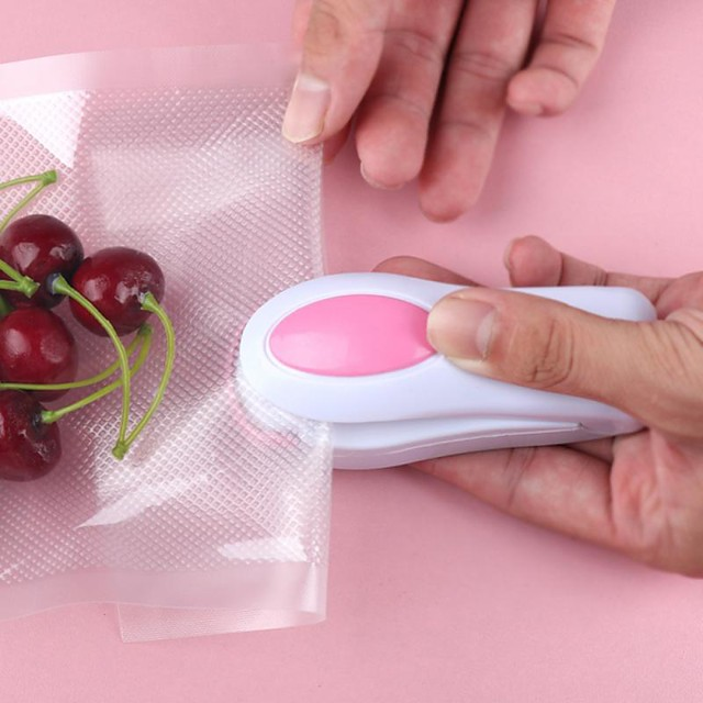 Portable Mini Heat Sealer Impulse Seal Packing Plastic Bag Sealing Machine Easy Resealer for Food Snack Kitchen Gadgets
