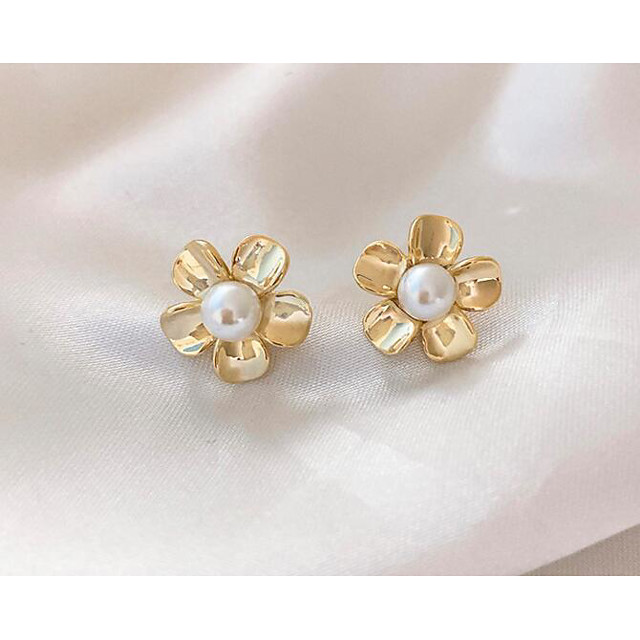 Women's Earrings Classic Flower Love Classic Vintage Earrings Jewelry Gold For Gift Daily 1 Pair
