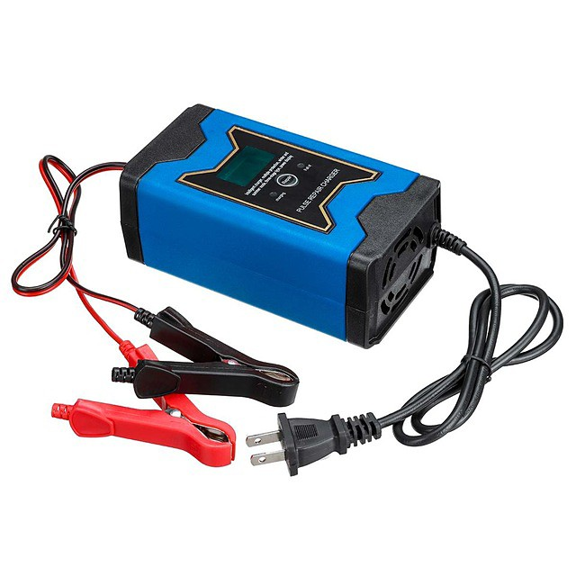 12V automatic car charger intelligent maintenance pulse charger LCD monitor motorcycle charger