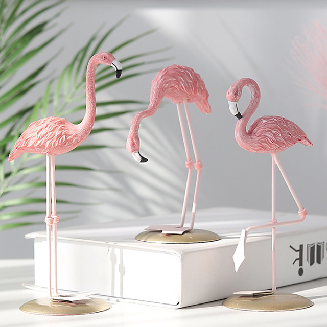 Resin Crafts Flamingo Ornaments Home Living Room Office Table Furnishings Wine Cabinet Decoration