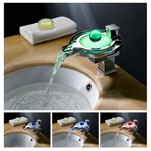 Bathroom Sink Faucet - LED / Waterfall Chrome Centerset Single Handle One HoleBath Taps