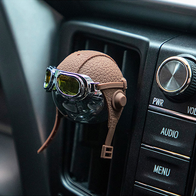 Creative Helmet Car Air Freshener Airborne Division Luxury Car Perfume Genuine Leather Strap Hanging Car Fragrance