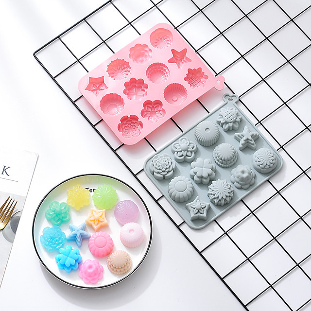 Cake Molds 2 Pieces 12 Different Flower-shaped Silicone Molds Moon Cakes DIY Aromatherapy Ice Tray Soap Key Chain Mold Candy Food Storage Box