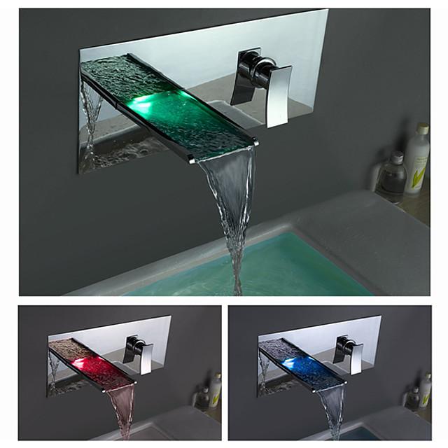 Fürdőszoba mosogató csaptelep - LED / Vízesés Króm Három lyukas Egy fogantyú egy lyukkalBath Taps