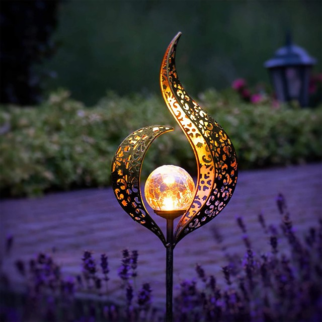Outdoor Solar Lights Waterproof LED Courtyard Garden Lawn Lamp Flame Retro Hollow Projection Lamp Wrought Iron Ground Plug Iandscape Lamp Outdoor Patio Decorative Garden Light
