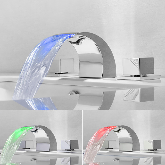 Bathroom Sink Faucet - Waterfall / Widespread Chrome Widespread Two Handles Three HolesBath Taps