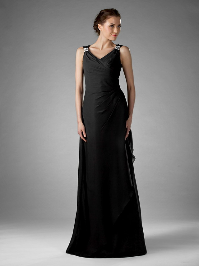 Sheath / Column Mother of the Bride Dress Little Black Dress V Neck Floor Length Chiffon Sleeveless with Criss Cross Beading 2020