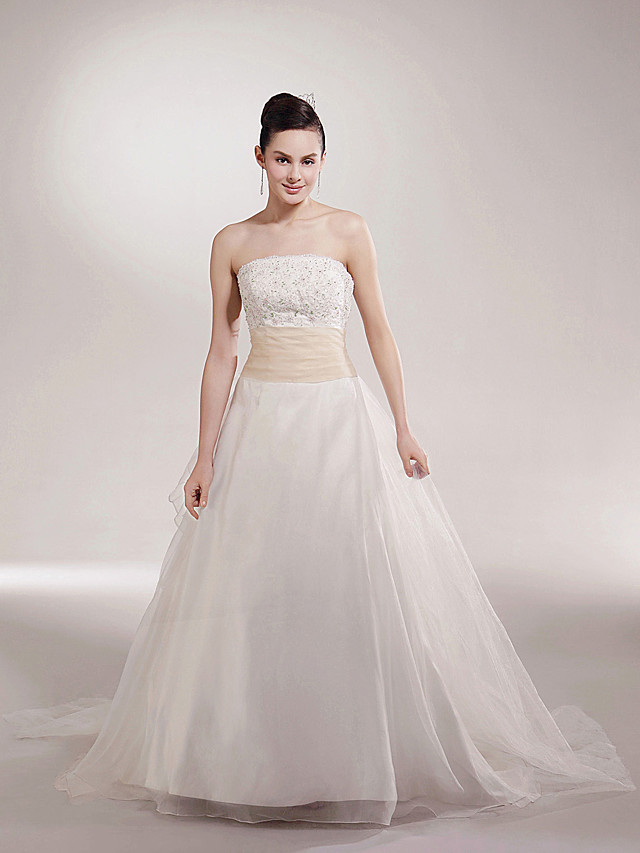Princess Ball Gown A-Line Wedding Dresses Strapless Scalloped-Edge Chapel Train Organza Satin Sleeveless with 2020