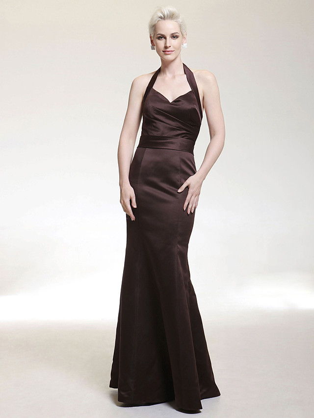 Mermaid / Trumpet Halter Neck / V Neck Floor Length Satin Bridesmaid Dress with Side Draping