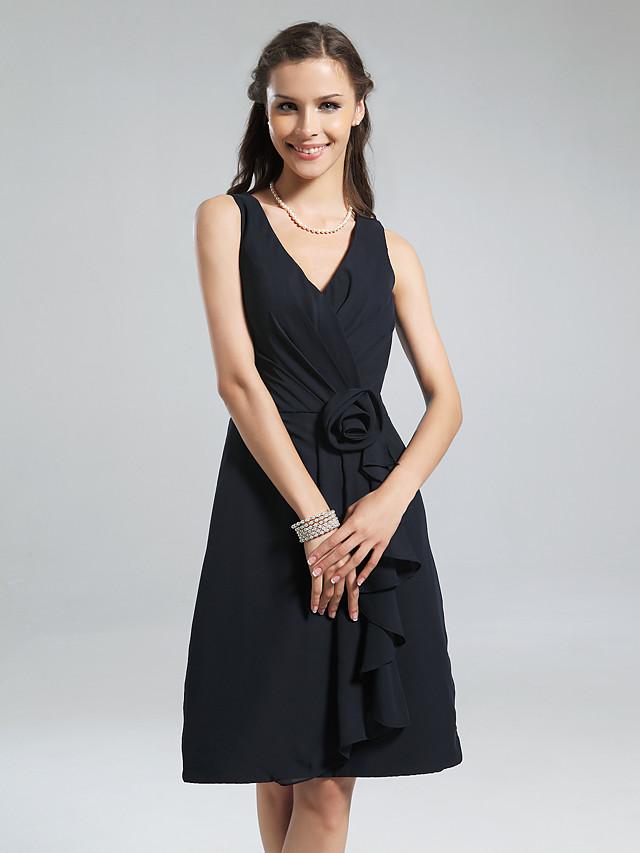 A-Line V Neck Knee Length Chiffon Bridesmaid Dress with Ruffles / Side Draping / Flower