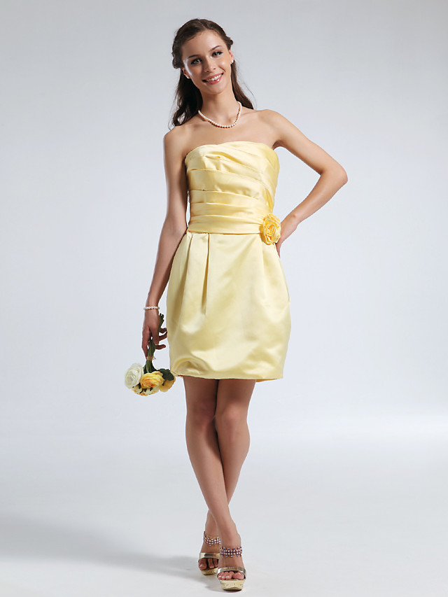 Sheath / Column Strapless Short / Mini Satin Bridesmaid Dress with Draping / Ruched / Flower