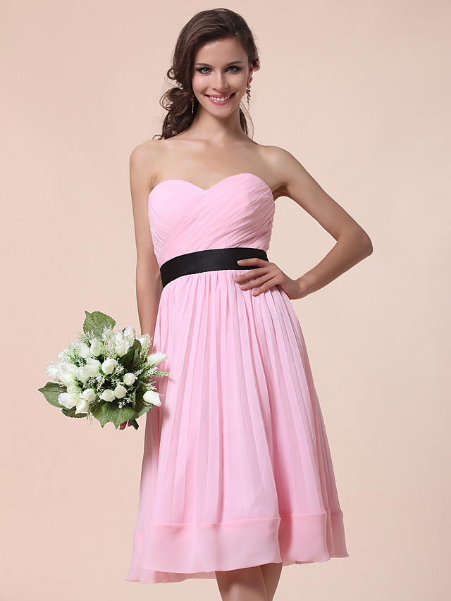 A-Line / Ball Gown Strapless / Sweetheart Neckline Knee Length Chiffon Bridesmaid Dress with Draping / Sash / Ribbon / Criss Cross