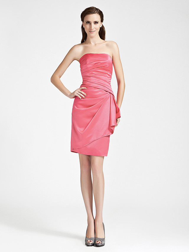 Sheath / Column Strapless Knee Length Satin Bridesmaid Dress with Side Draping