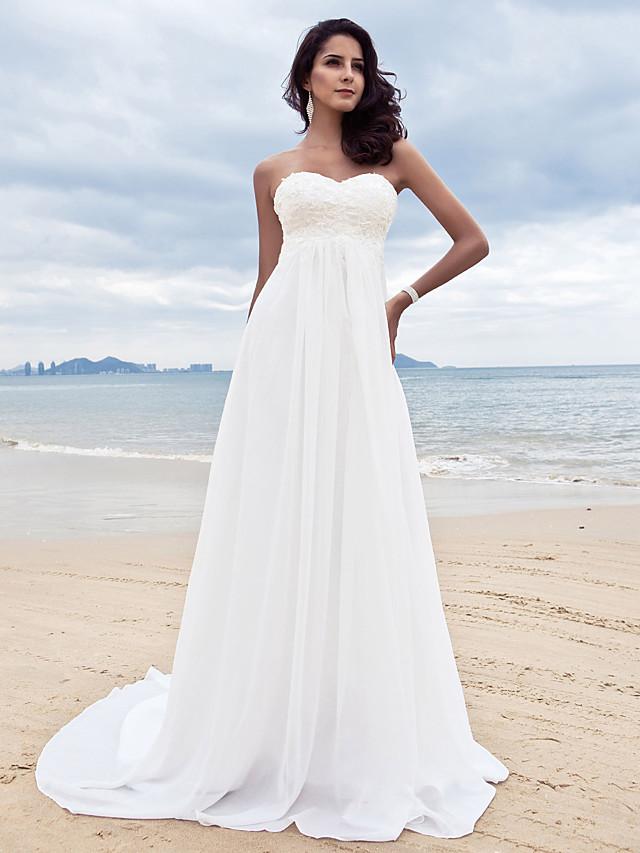 Trapèze Robes de mariée Coeur Traîne Tribunal Mousseline de soie Sans Bretelles Simple Plage Grandes Tailles avec Billes Appliques 2020