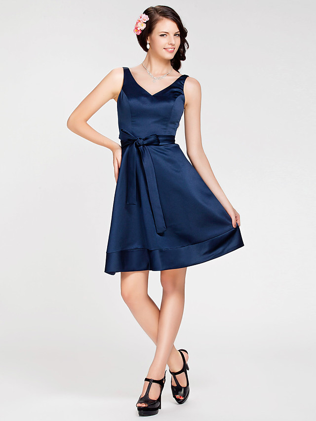 Princess / A-Line Straps / V Neck Knee Length Satin Bridesmaid Dress with Sash / Ribbon / Open Back