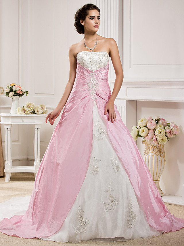 Ball Gown Wedding Dresses Strapless Chapel Train Organza Taffeta Strapless Wedding Dress in Color with Ruched Beading Appliques 2020