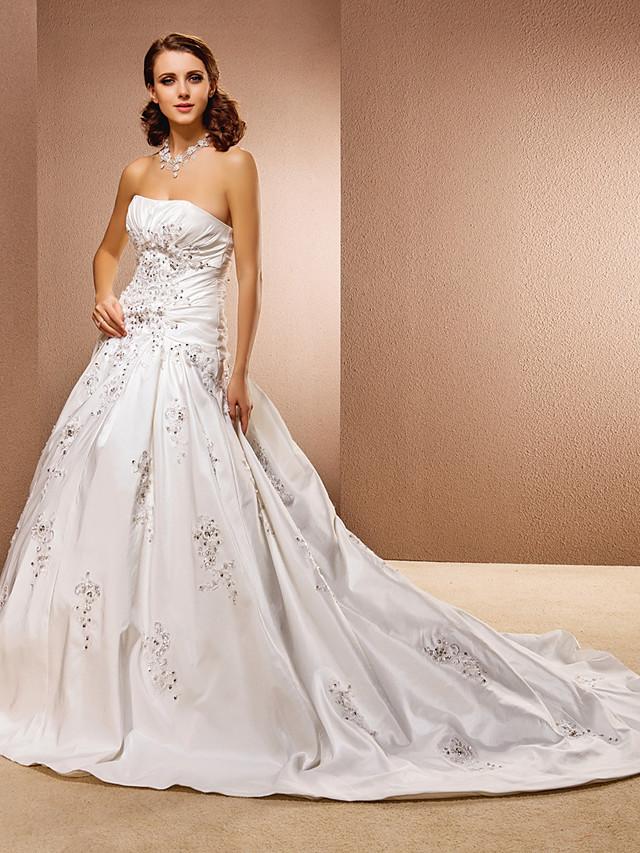Ball Gown Wedding Dresses Strapless Chapel Train Taffeta Sleeveless with 2021