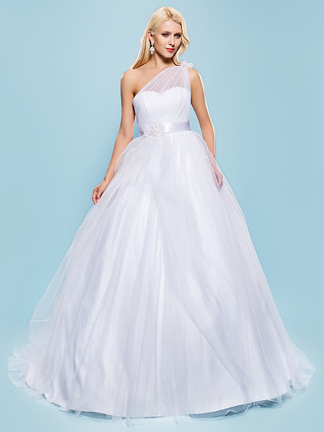 Ball Gown Wedding Dresses One Shoulder Court Train Tulle Sleeveless with Bowknot Sash / Ribbon Beading 2020