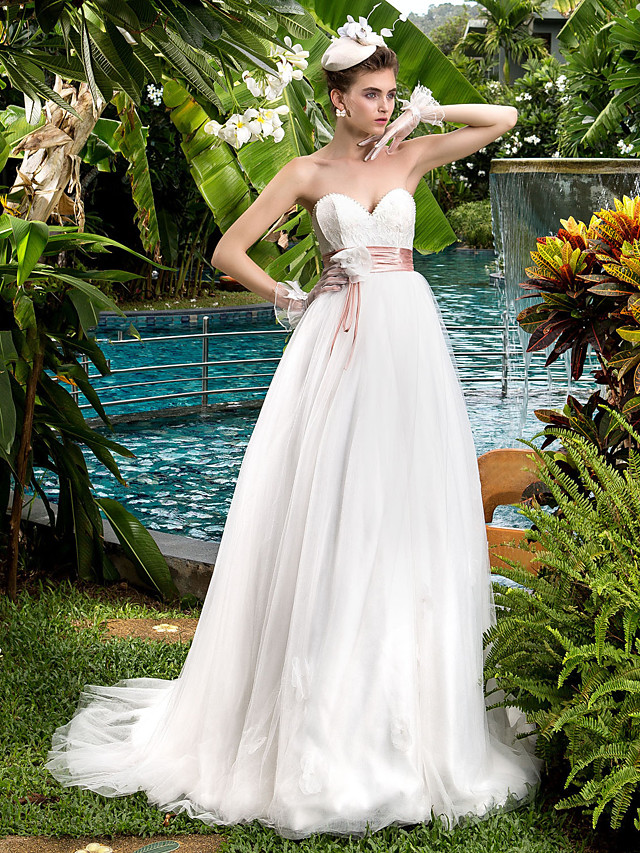 A-Line Wedding Dresses Sweetheart Neckline Sweep / Brush Train Lace Tulle Strapless Cute with Bowknot Sash / Ribbon Beading 2020