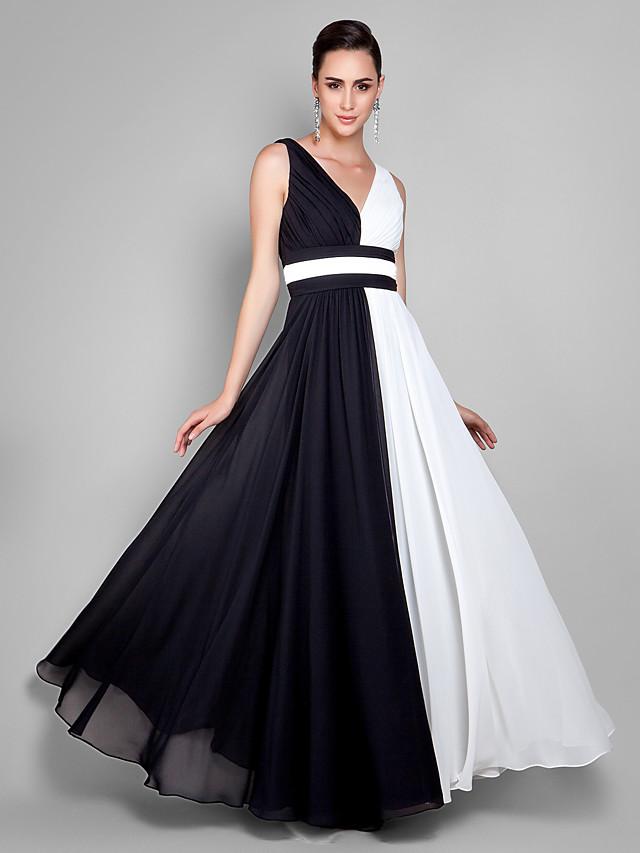 A-Line White Black Prom Formal Evening Dress V Neck Sleeveless Floor Length Chiffon with Pleats 2020