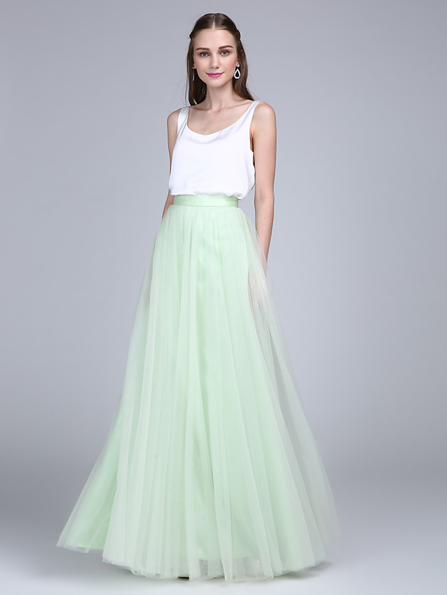 Sheath / Column Scoop Neck Floor Length Tulle / Satin Chiffon Bridesmaid Dress with Buttons / Two Piece