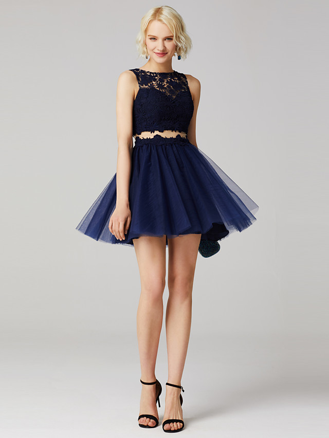 Back To School Ball Gown Cute Keyhole Crop Top Holiday Homecoming Cocktail Party Dress Jewel Neck Sleeveless Short / Mini Tulle Over Lace with Pleats Appliques 2020 Hoco Dress