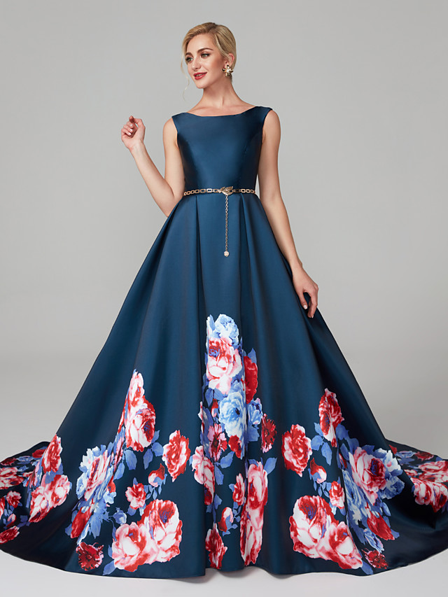 Ball Gown Scoop Neck Court Train Satin Holiday / Cocktail Party / Formal Evening Dress with Pattern / Print 2020