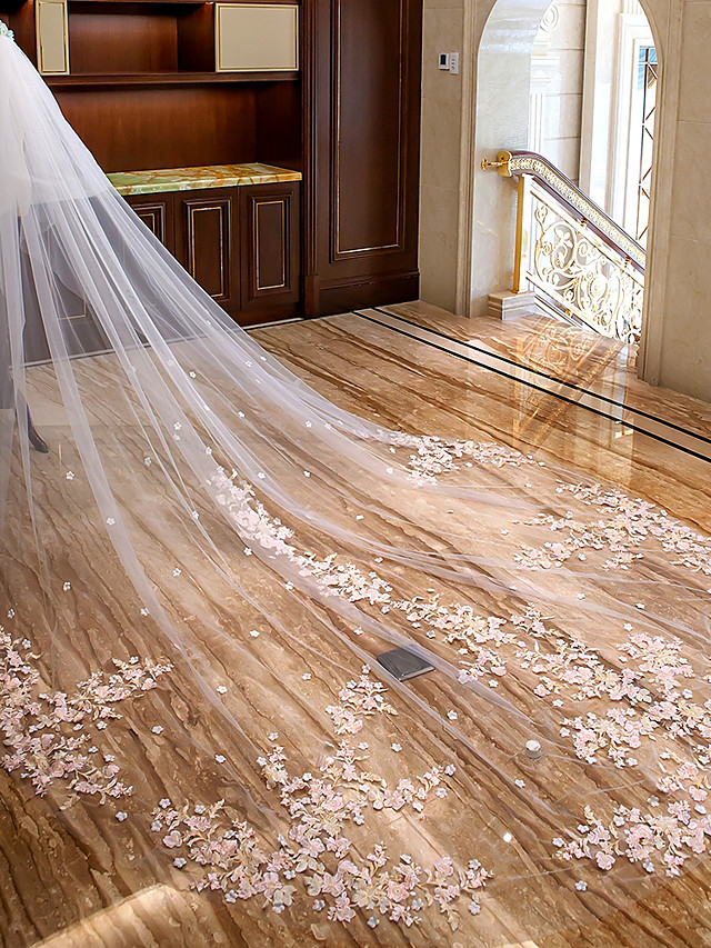 Two-tier Floral / Lace Wedding Veil Cathedral Veils with Appliques Lace / Tulle / Mantilla