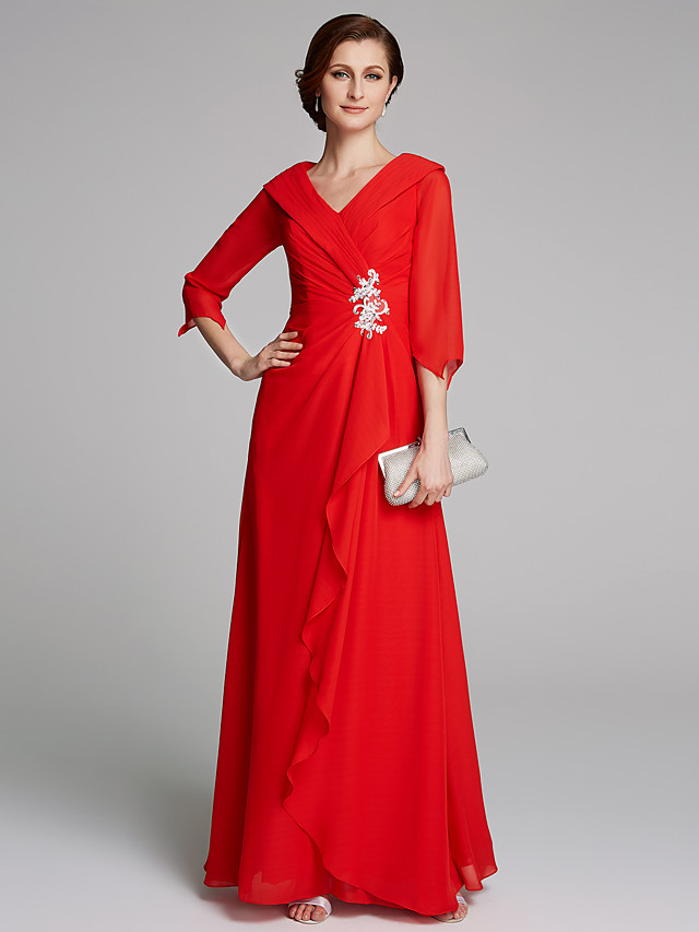 A-Line Mother of the Bride Dress Elegant V Neck Floor Length Chiffon Half Sleeve with Pleats Appliques 2020