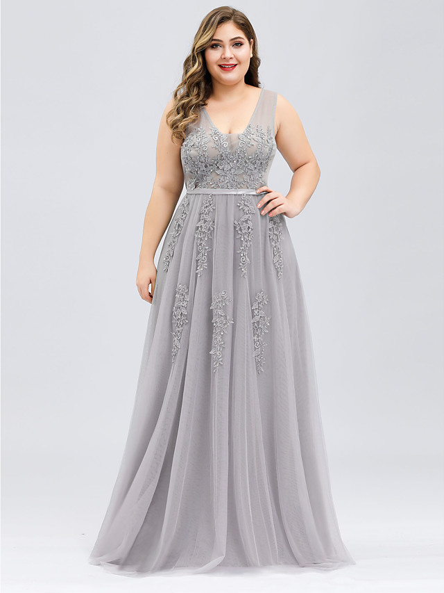 A-Line Plus Size Prom Dress V Neck Sleeveless Floor Length Tulle with Beading Appliques 2020
