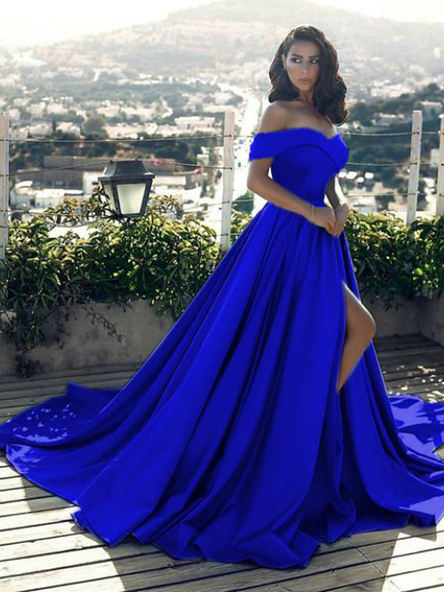 A-Line Minimalist Sexy Prom Formal Evening Dress Off Shoulder Sleeveless Chapel Train Satin with Split Front 2020