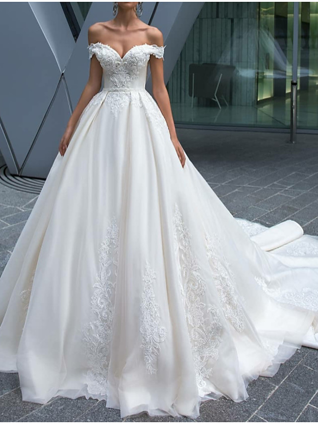 A-Line Wedding Dresses Off Shoulder Court Train Polyester Short Sleeve Country Glamorous Illusion Detail with Lace Insert 2020