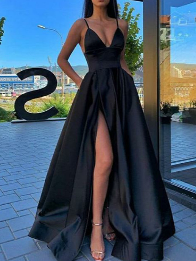 A-Line Sexy Black Prom Formal Evening Dress Spaghetti Strap Sleeveless Sweep / Brush Train Satin with Pleats Split Front 2020