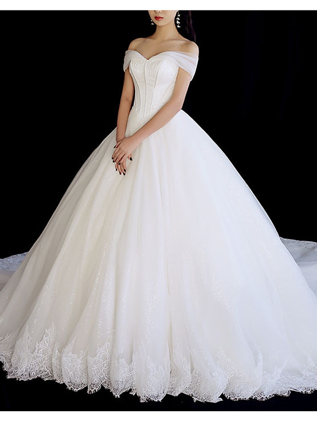 A-Line Wedding Dresses Off Shoulder Chapel Train Tulle Short Sleeve with Lace Insert 2020
