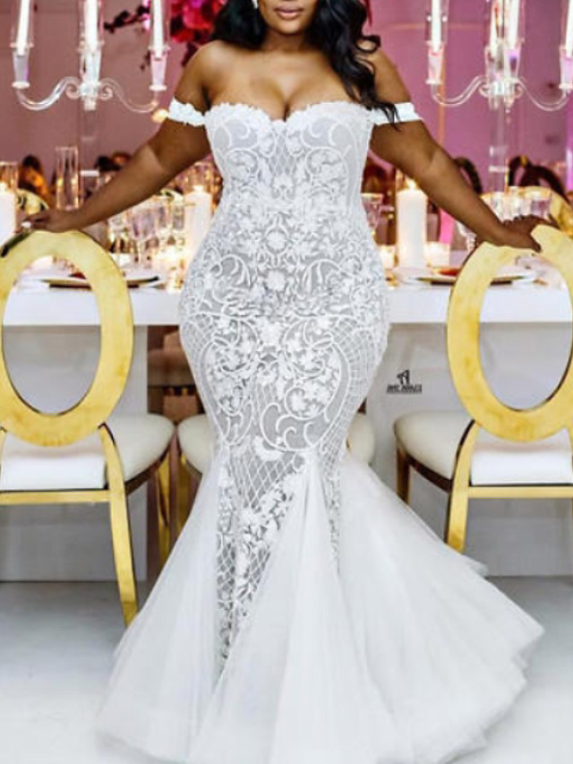 Mermaid / Trumpet Wedding Dresses Off Shoulder Sweep / Brush Train Lace Tulle Cap Sleeve Plus Size with 2020