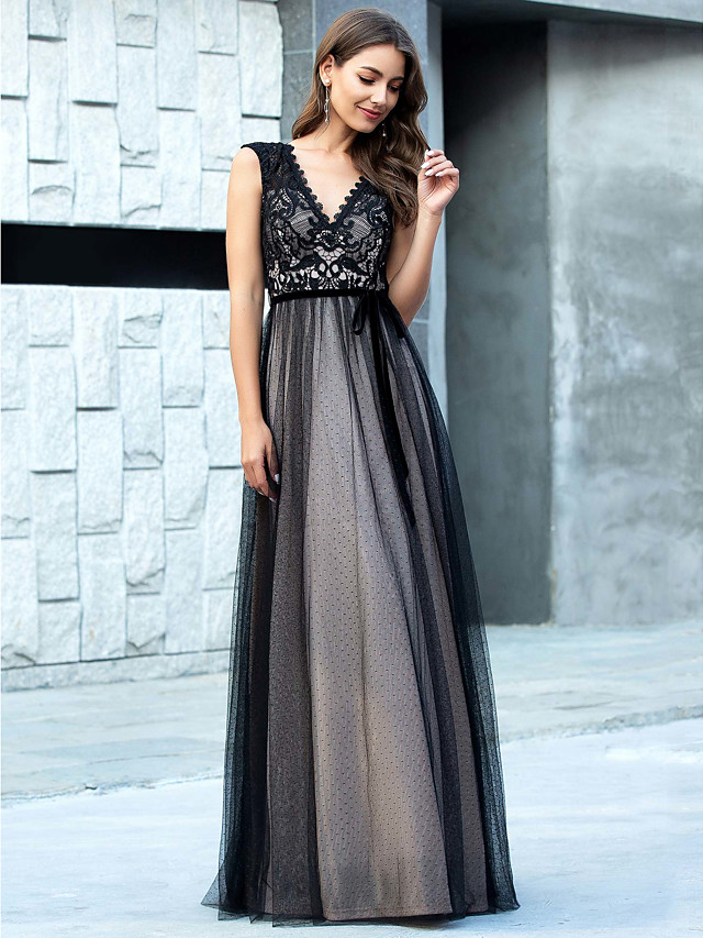 A-Line Black Retro Prom Formal Evening Dress V Neck Sleeveless Floor Length Lace Tulle with Appliques 2020