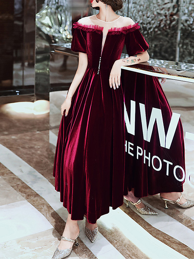 A-Line Hot Red Engagement Prom Dress Jewel Neck Short Sleeve Ankle Length Velvet with Beading 2020