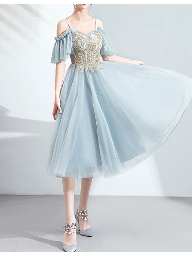 A-Line Jewel Neck Knee Length Tulle Bridesmaid Dress with Crystals / Sequin / Appliques