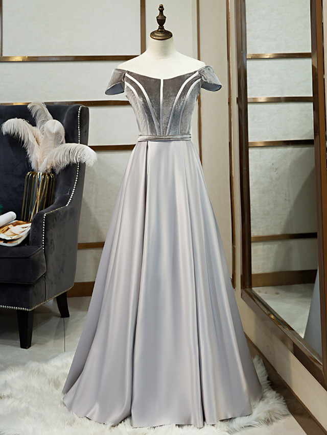 A-Line Minimalist Grey Prom Formal Evening Dress Illusion Neck Short Sleeve Floor Length Satin Velvet with Pleats 2020