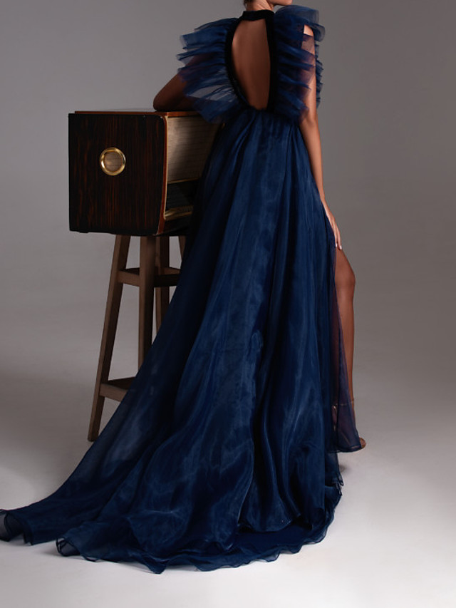 A-Line Sexy Blue Engagement Formal Evening Dress Halter Neck Sleeveless Court Train Tulle with Ruffles Split Lace Insert 2020