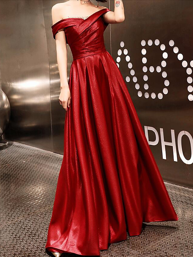 A-Line Sexy Red Prom Formal Evening Dress Off Shoulder Short Sleeve Floor Length Satin Spandex with Criss Cross 2020