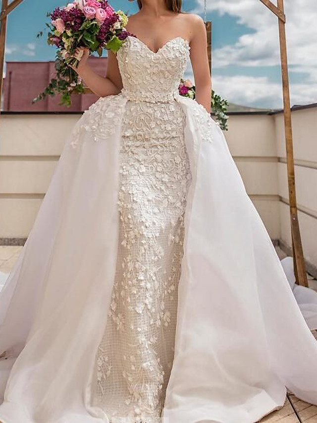 A-Line Wedding Dresses Sweetheart Neckline Sweep / Brush Train Polyester Strapless Country Plus Size with Embroidery 2020